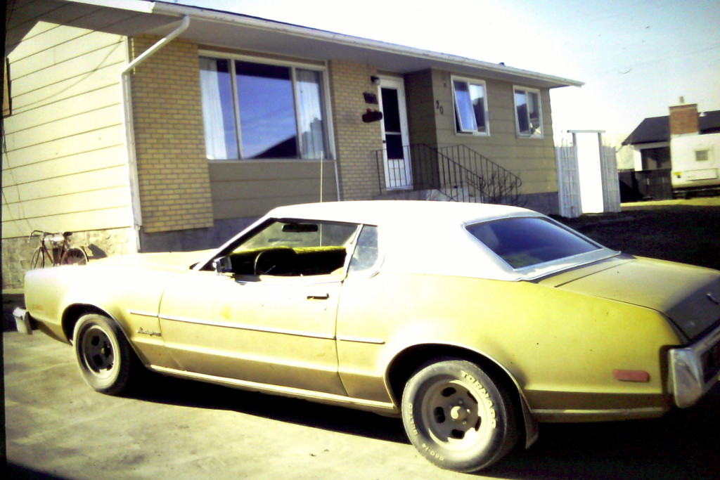 06 - Bruce's car