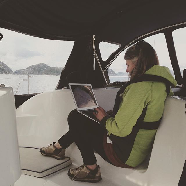 Hanging out in the middle of Homfray Channel trying to get enough cell signal so we don't have to go back to civilization quite yet. #springcruising #DesolationSound #livingthelife
