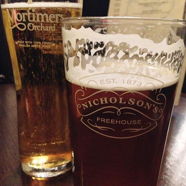 Had my first English pint at a Fleet Street pub. It was warm but I liked it any way :-)