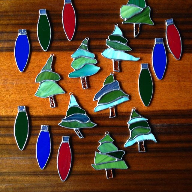 Some Xmas ornaments from scraps.