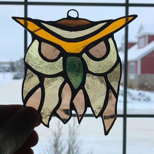 Day seven: #Owl not be able to do another if I don't go buy more solder. #stainedglass #suncatcher #birds #challengemyself