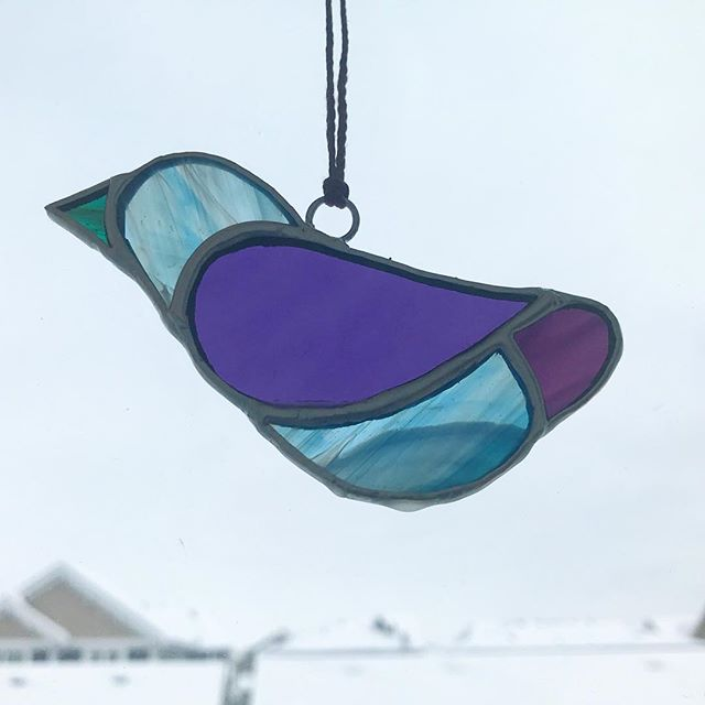 Day eight: The 2nd of several simple bird designs I am trying. #stainedglass #birds #suncatcher #20daystogo