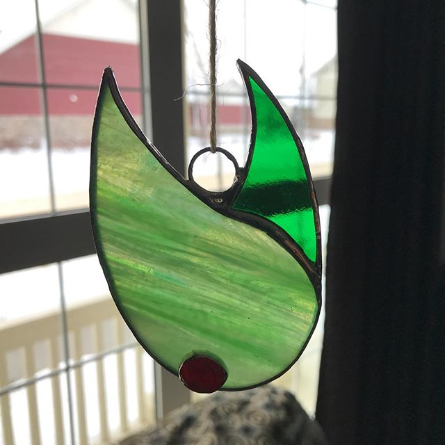 Day 10: Glass Doodle #Two - working & weekends mean quick and dirty designs. #stainedglass #suncatcher #tendaysdone
