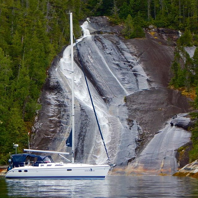 Sigh. Just a few short weeks ago. Lacy Falls in the Broughtons. @nanaimoyachtcharters #sailing #sailboatselfies #charters #cruisingpnw #boating #beautifulbc #pnw #waterfalls