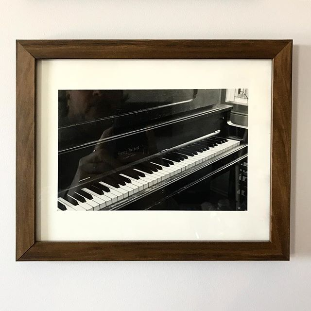 #day11 Since we are on to photography, these two hand-printed photographs were shot my long-time friend Akemi Matsubuchi in 1997 for the book I'll Never Marry a Farmer. They capture the spirit of our 100-year-old piano and hold tremendous sentimental value for all sorts of reasons. They languished in a folder for a decade or so until I finally framed and hung them. Piano Silver gelatin prints — Akemi Matsubuchi @akemimats #31daysofart #art #artists #artwork #beautiful #stalbert #yeg #photography #handprinting #piano #bookpublishing #albertabooks